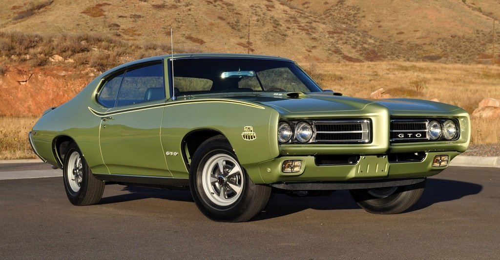 Living in the limelight The universal dream...  1969 #Pontiac GTO Judge in Limelight Green https://t.co/iqf9oyMDnF