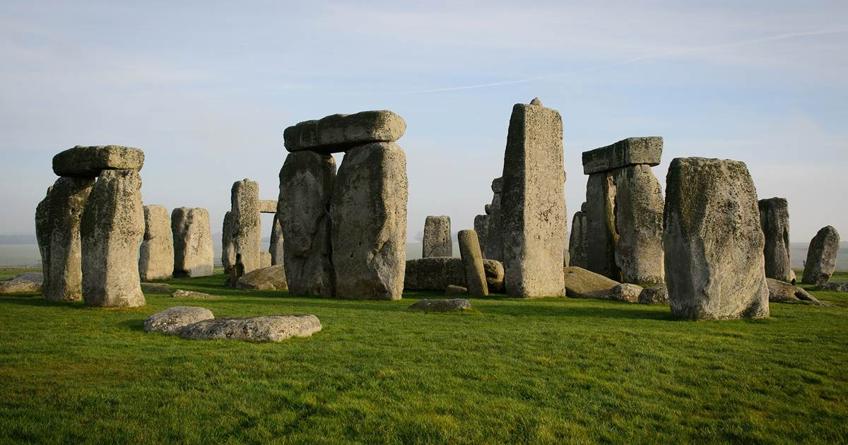 Stonehenge was built by descendants of Neolithic migrants, DNA study