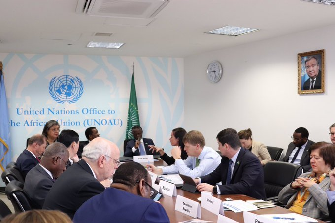 test Twitter Media - #HappeningNow UNSecurityCouncil meets wAUin Addis after Juba@_AfricanUnion @UNOAU_ @HannaTetteh @Kemlu_RI @indonesiaunny @UKUN_NewYork @USUN @USAmbUN @AmbassadorAllen @RussiaUN @Dpol_un @GermanyUN @SAMissionNY @BelgiumUN @KuwaitMissionUN @PeruEnLaONU @franceonu @DominicanRepUN https://t.co/qIEaIGL2vB