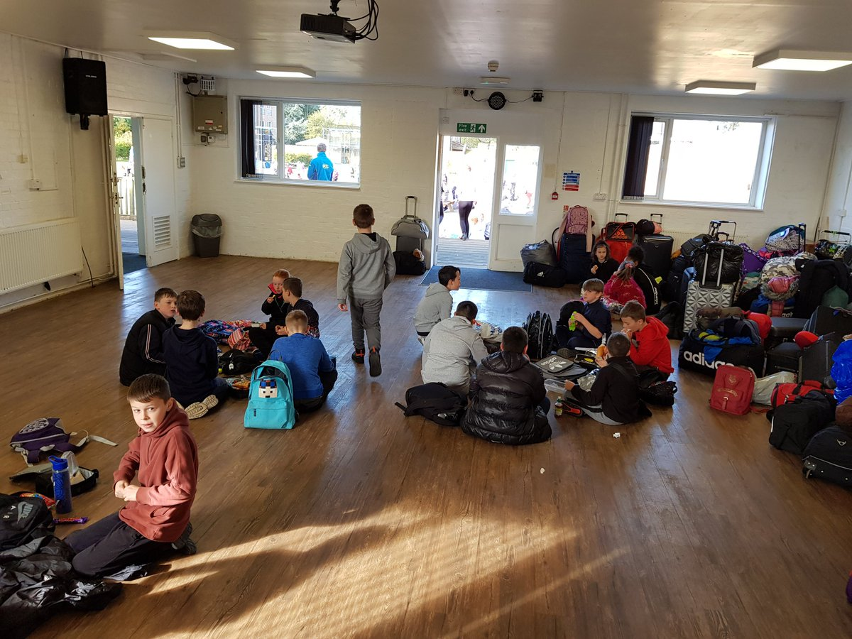 test Twitter Media - Lunchtime in the sun (wasp tolerance permitting) at PGL for Year 6. We're here! https://t.co/z7jT1MyEaL