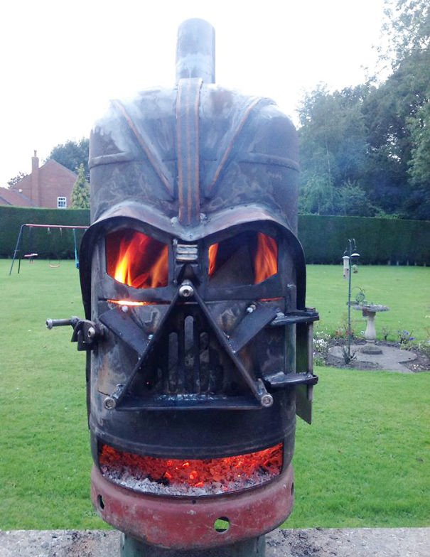 Darth Wader Fire Pit Photo Smugglers Moon https://t.co/mFHgjHJ8we