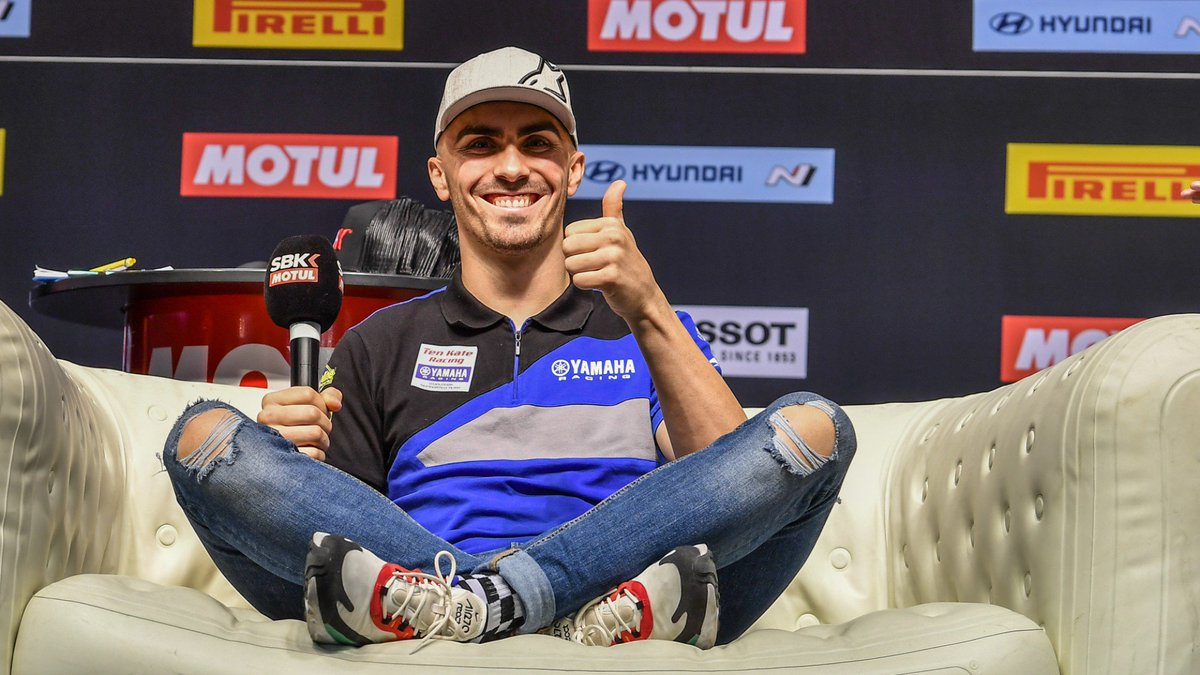 test Twitter Media - 🤜🏻@lorisbaz remains with Ten Kate Yamaha for 2020 title assault  French and Dutch relations continue to blossom in WorldSBK as Loris Baz keeps his seat at the Ten Kate Racing – Yamaha set-up  📹INTERVIEW | #WorldSBK https://t.co/fXldw0hsfh https://t.co/b9LZg51Drz