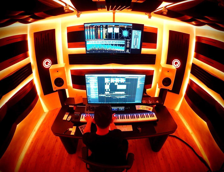 "#GenelecS360 📸: @jan78696126  ""Maestro Joshua working on the Climax 2019 intro"" https://t.co/IqnvOsrPRb"