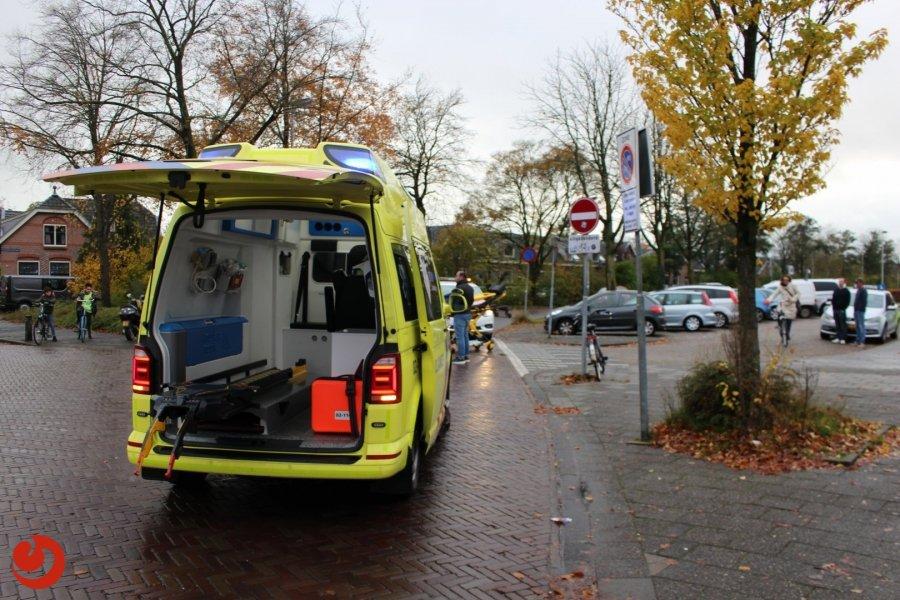 Scooter onderuit; twee gewonden - LEEUWARDEN – Zaterdagmiddag rond drie uur zijn twee personen op een scooter gewond geraakt bij een eenzijdig ongeval op de... -..