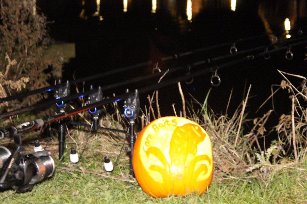 Get on the #corebaits this #halloween 😄 #corebaits #carpfishing #carp #fishing @CoreBaits_uk #<b>