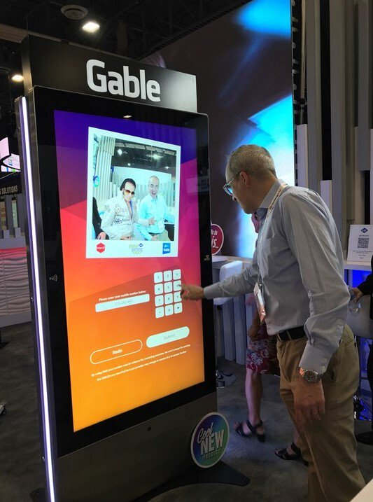 Our recent #Collaboration with @gablecompany at this years @G2Eshows in #LasVegas saw visitors have their very own #selfie with the #King of #RocknRoll himself #Elvis! 🕺 🤳 #GamifiedContent #Gamification #InteractiveContent #DigitalSignage #Wayfinder #SmartHub #ThankYouVeryMuch https://t.co/ZTCaDH1RG9
