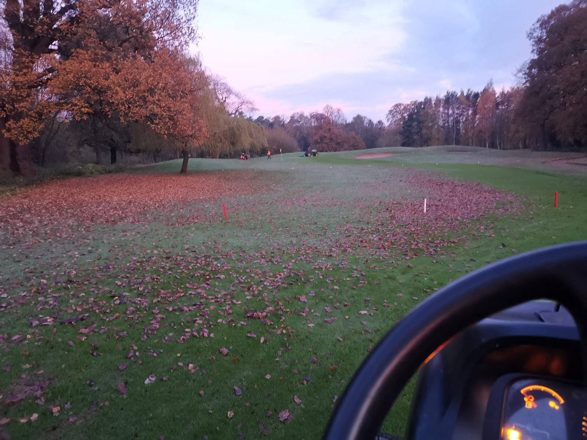 test Twitter Media - Great work from the lads this morning.  Aeration and a roll on the main greens.  Leaf blowing and maybe some mowing later on @IngestreParkGC https://t.co/27EpgAPUBd