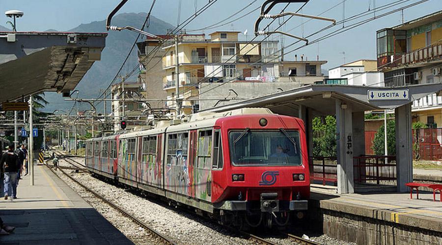 test Twitter Media - ** Ritardi e agonia sulla #Circumvesuviana: esplode la rabbia e l'ironia dei viaggiatori ** https://t.co/kRHKWGHpDj #DisserviziEav #Eav #Napoli #TorreDelGreco #AttualitàNapoli #AttualitàRegione #Napoli #Regione #anteprima24 https://t.co/7HR95dSzX9