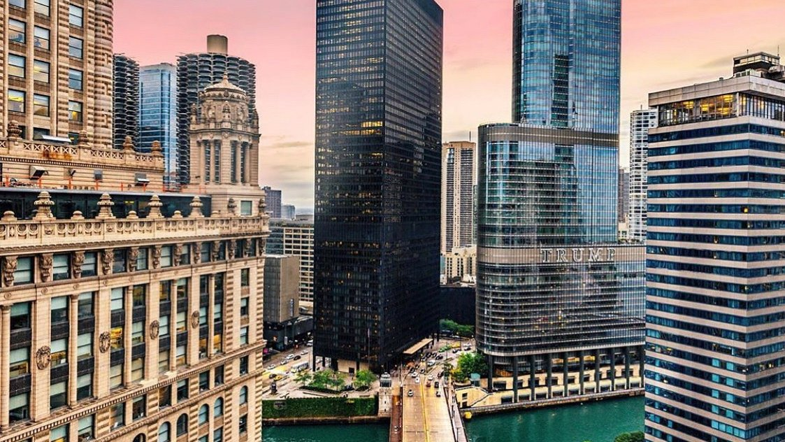 Early evening sunset falling over @TrumpChicago