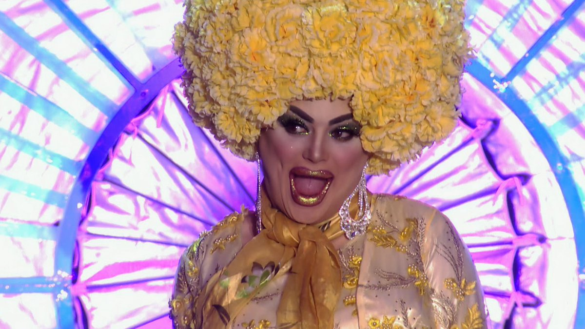 We present to you the queen of the battered sausage @chipshopbird.  Tomorrow you get to ru-watch the finale of #DragRaceUK at 23:25 on @BBCOne.