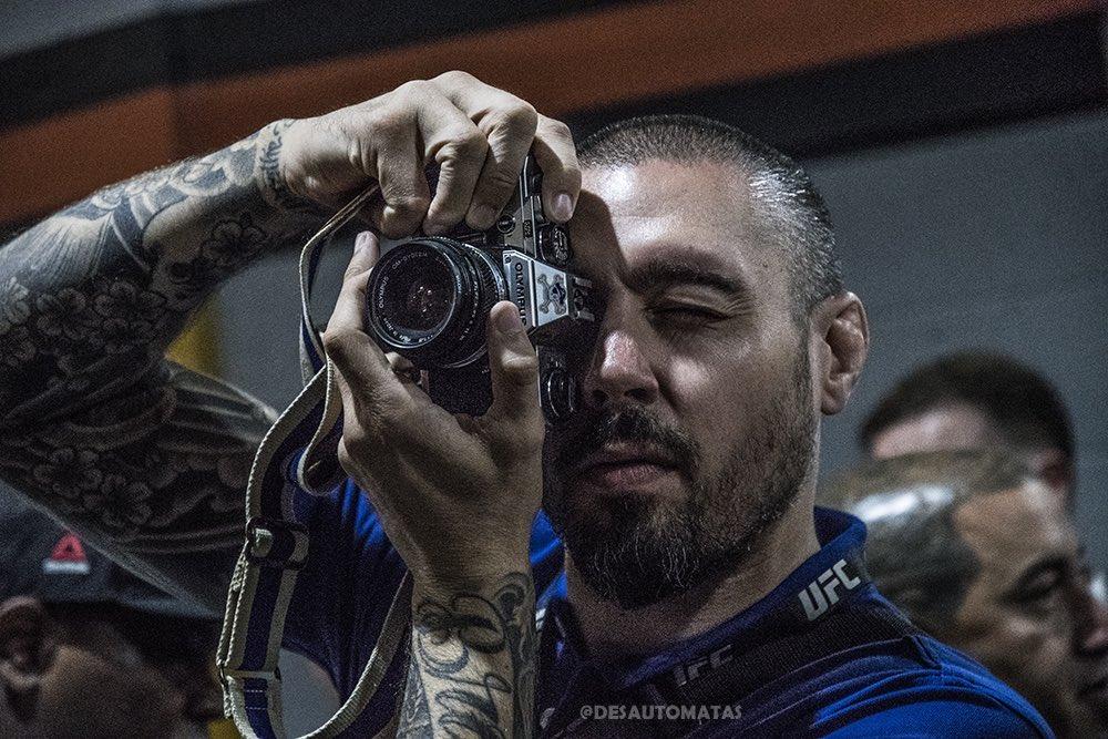 Old School Photographer @danhardymma ????