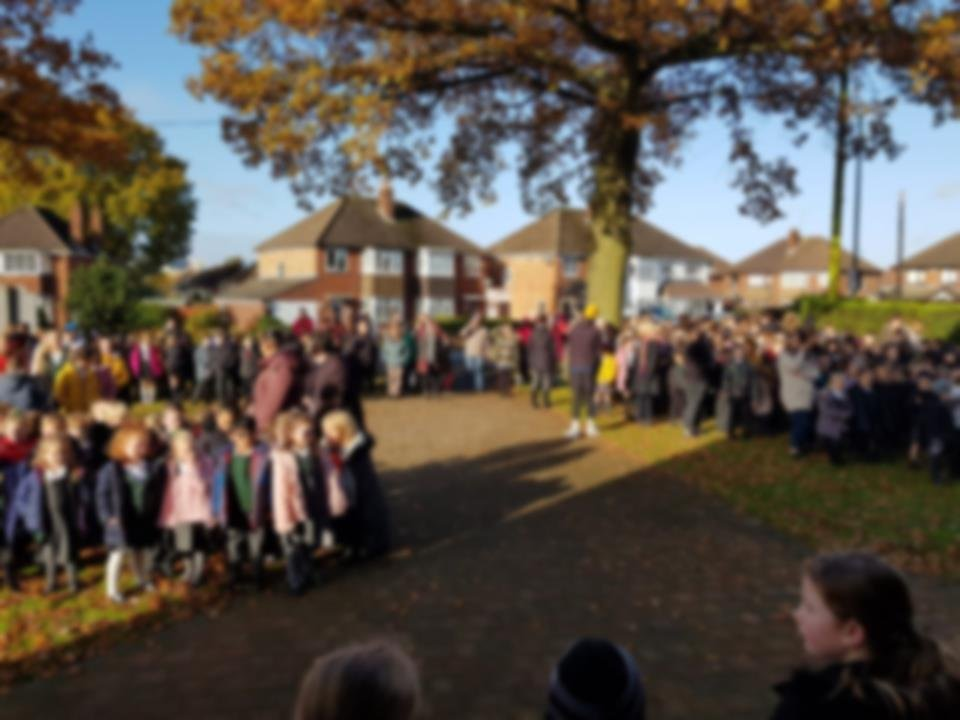 test Twitter Media - Today, Hollywood pupils observed the 2 minutes silence and laid a wreath to remember the fallen. As usual, the children were very respectful. Many thanks to the parents who came and observed the silence with us. An extra well done to our Year 3 pupils who read so beautifully. https://t.co/wJ3O8QogWM