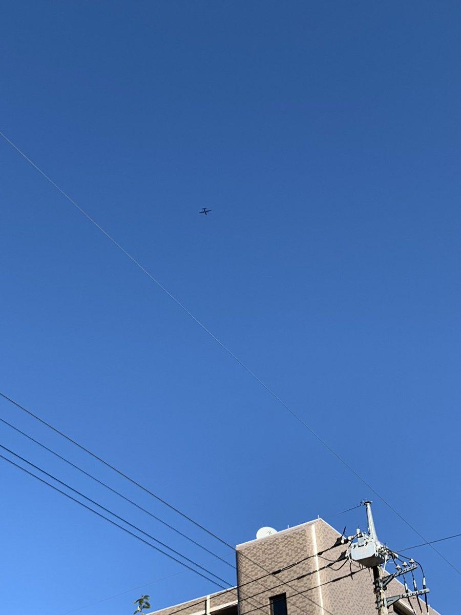 test ツイッターメディア - 快晴⋆◡̈⋆横田基地からの飛行機が小さいなぁ https://t.co/OX1XZJosXJ