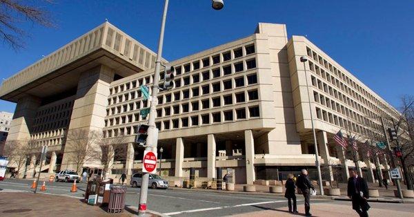 test ツイッターメディア - コストコってそうです、米国からの輸入製品は 米空軍横田基地からも仕入れていますので 完全にあちらの企業が運営している販売店と 会社ですので、関わっています なので窃盗事件の場合にはワシントンDCに本部が有る FBIが関わる事も有ります 安倍晋三がチェックされているのと同じです https://t.co/78ujYcJ54A