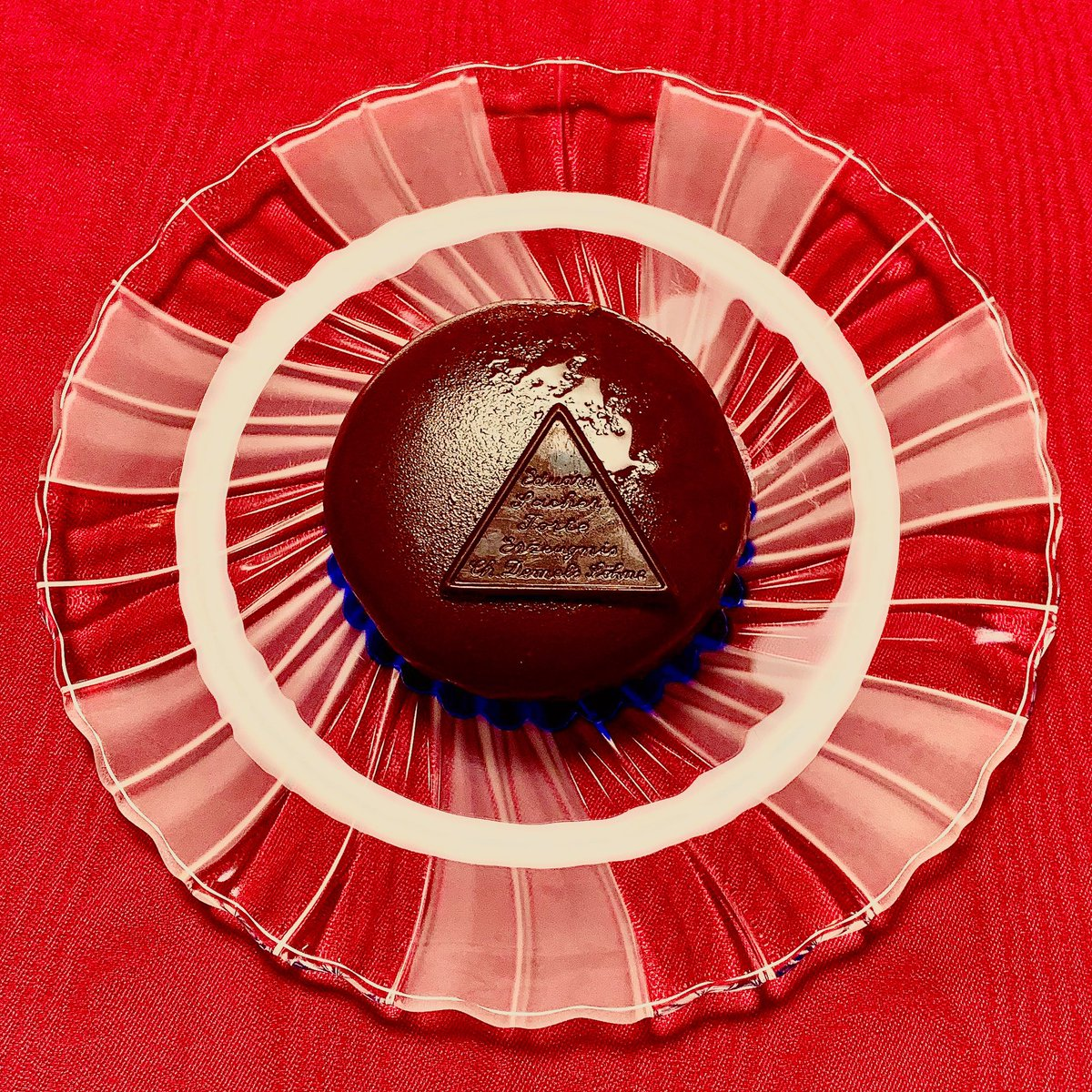 test ツイッターメディア - デメルのチョコレートケーキ  トリュッフルトルテ ザッハトルテ キャラメルシュニッテン https://t.co/scO21KHV6l
