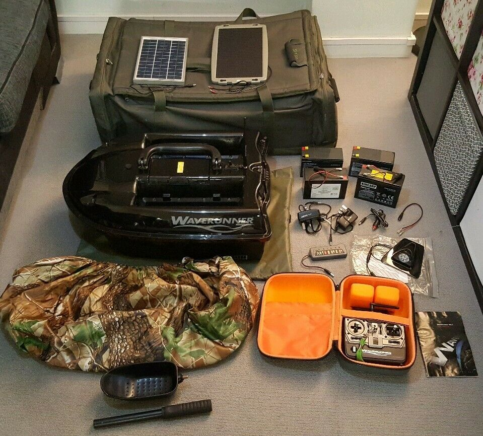 Ad - Waverunner Mk3 Bait Boat On eBay here -->> https://t.co/x1oBOGAJ06  #carpfishing #bait<b>