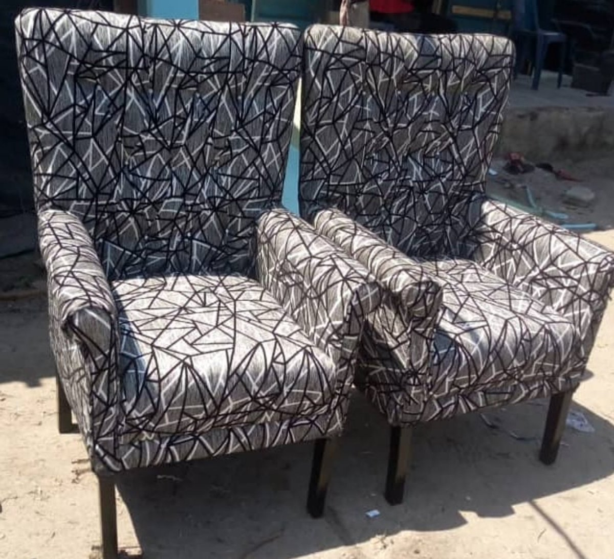 RT @IamLekanBalo: Accent Chairs @ N75k each Make the 2 for N140k Place...