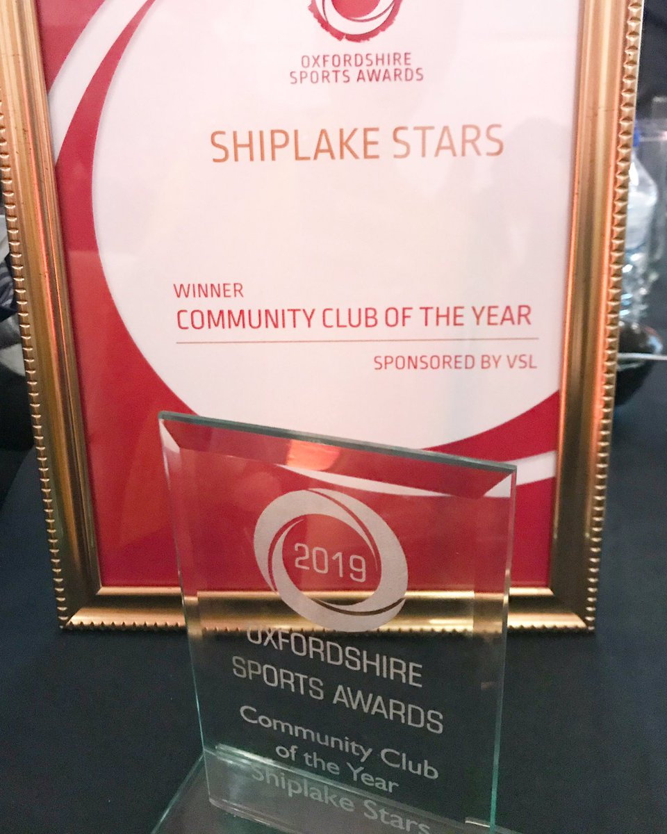 RT @TheCandidApple: Amazed and shocked to have been named Community Club of the Year at the #OxonSportsAwards. Thank you to @ShiplakeCollege and @NetballinOxon for their support and our brilliant netballers.