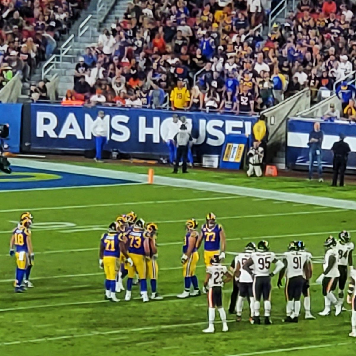 What a fun night. My fave place to kick it on a night off always @RamsNFL. ♥ 🔥 🐏 🏈