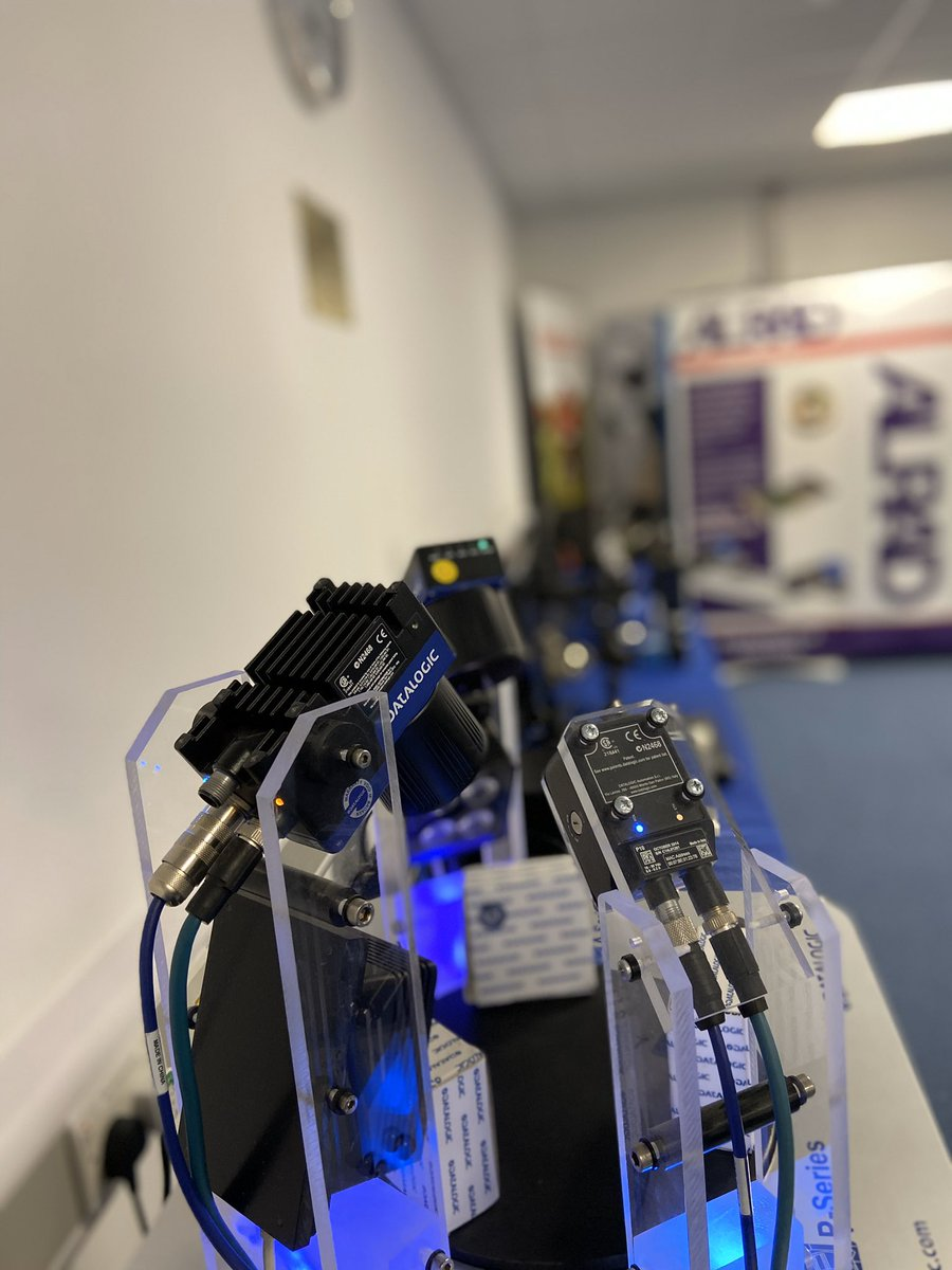 test Twitter Media - All set up at @BristolRobotLab for the Alrad Autumn Conference tomorrow! Featuring @nvidia, BlueVision, @ImagingSource, @DatalogicGroup and more!! #Embedded #AI #ArtificialIntelligence #DeepLearning https://t.co/9sBYa3mBiR