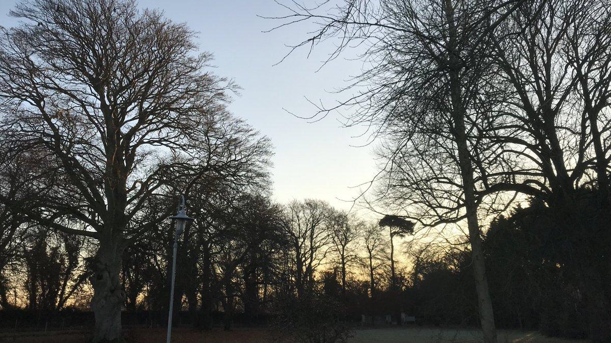 test Twitter Media - Beautiful cold morning here @Emmaus_Dublin  #TuesdayMorning https://t.co/IOk3ZiJetq