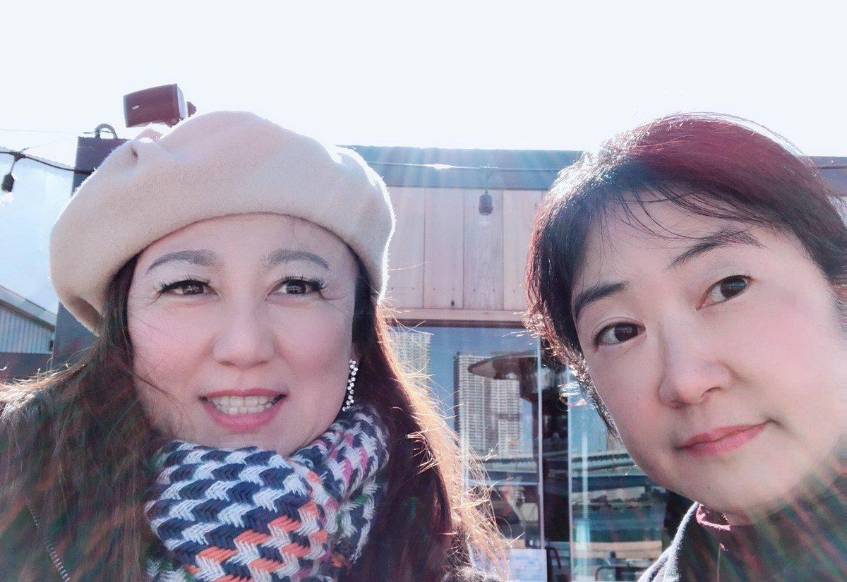 test ツイッターメディア - 世界選手権決勝の前に 舞台を見に行ったら、宮川紗江さんのスポンサーをしていた、北折明子さんに会いました! 写真左❣️ お写真、ありがとうございました。 北折愛里ちゃんお母さん似ですね!  これからも応援しています。 頑張ってください。 https://t.co/1yzLrmYi7g