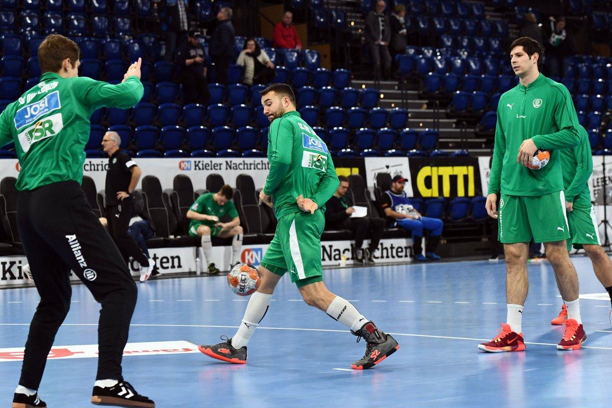 +++LIVE+++ #THWDHfK In 30 Minuten beginnt unser #Auswärtsspiel beim Rekordmeister @thw_handball. @SkySportDE und das Fanradio der Leutzscher Welle senden LIVE: https://t.co/N3beOZgxNW https://t.co/ciSpSozl84