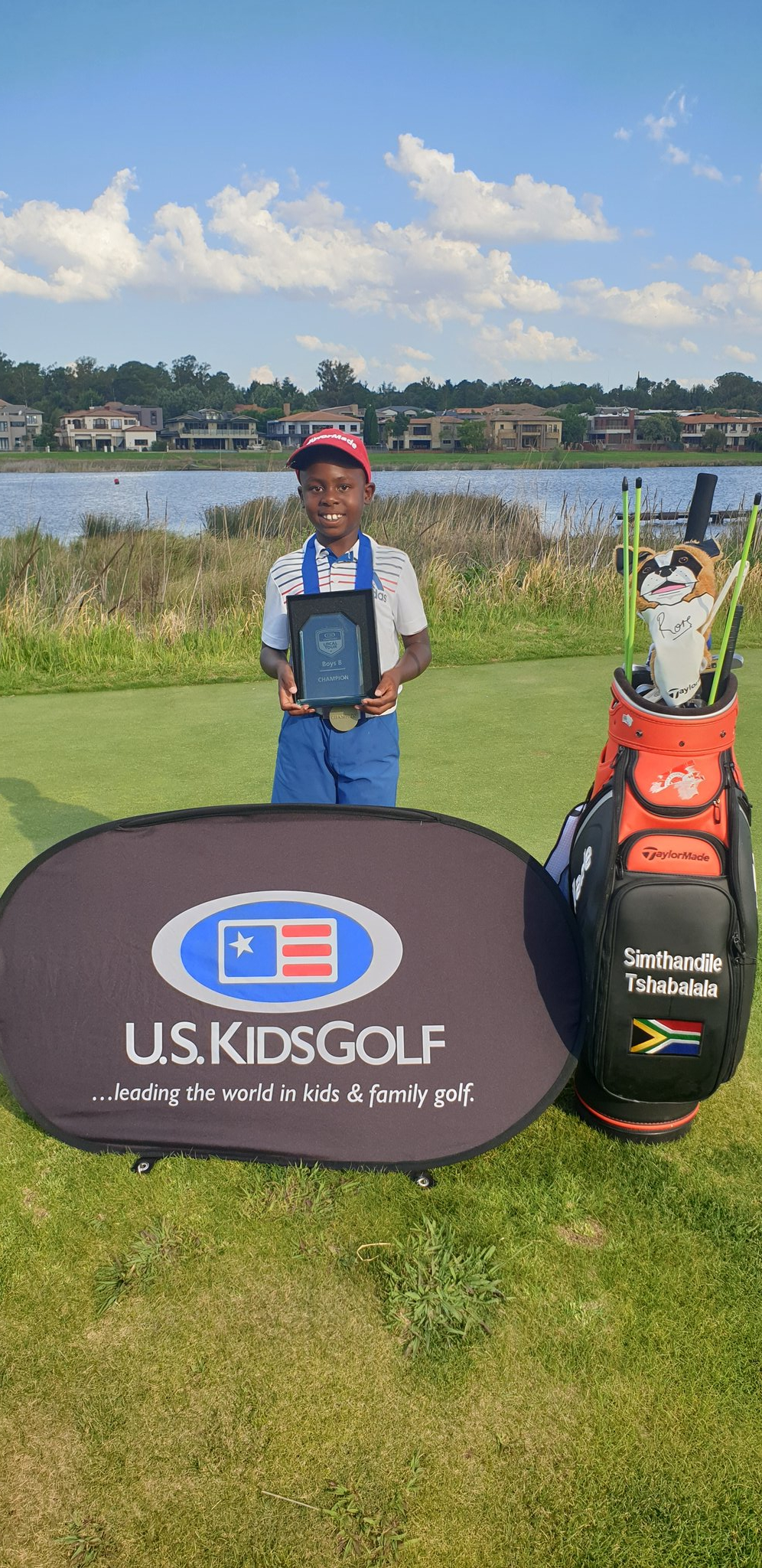 I have been crowned the Tour Championship Champion after winning 6 out of 6 tournaments this season, ending the year on a high. Thank you God and thank you everyone for your support 🙏🏽 #SimTiger  #Champion #Championship ⛳🏌️♂️ https://t.co/7XDMzyJ7XQ
