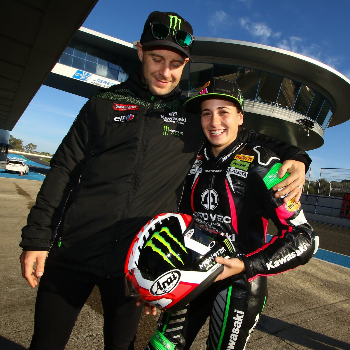 test Twitter Media - From riding bikes to gifting helmets, the Kawasaki bond is strong @AnaCarrasco_22  @jonathanrea #WorldSBK https://t.co/TCN10ETCjs