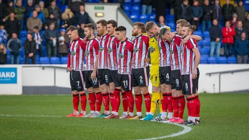 test Twitter Media - An historic battle is about to unfold this afternoon at North End as Altrincham (my home town team) takes on Pompey. I'm keeping my fingers crossed and my hands joined! https://t.co/AwyyMyFIHe