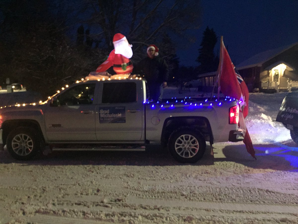 test Twitter Media - Ready to roll at Dauphin Parade of Lights!!! https://t.co/cjYexFmn6F