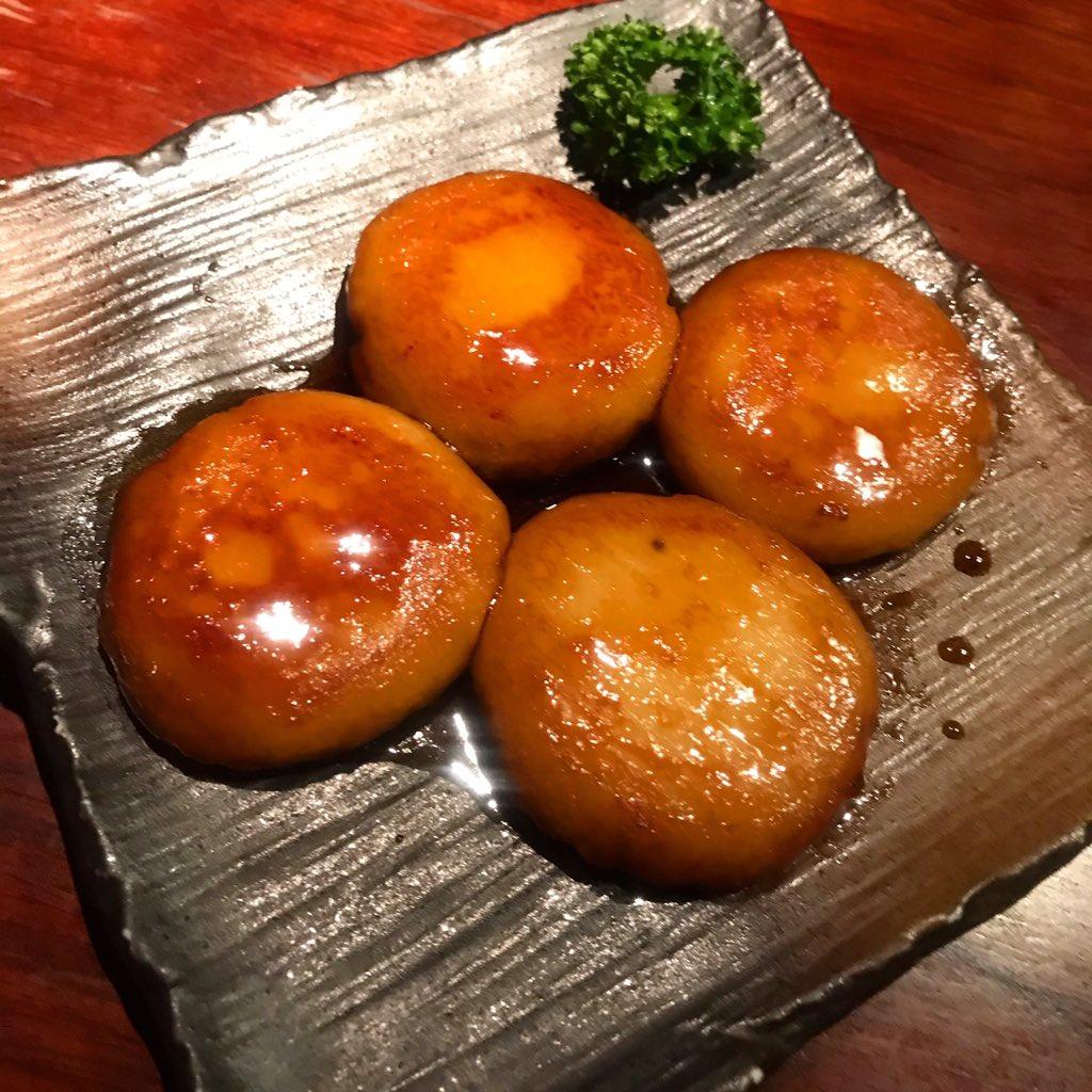 test ツイッターメディア - 北海道の芋もちさぁ〜( ´∀`)  【ピリカポテト】  砂糖醤油バージョン❗️  お祭りの屋台なんかの味付けかな?  中標津出身のお客様が1人2個づつ食べていかれました〜  みたらし団子的中な🍡  食べてみたい方はつくります‼️  食べおいで〜  今宵もオープン🎵  #九四六屋 #hokkaido#sibuya https://t.co/z2E5G6q1Eh
