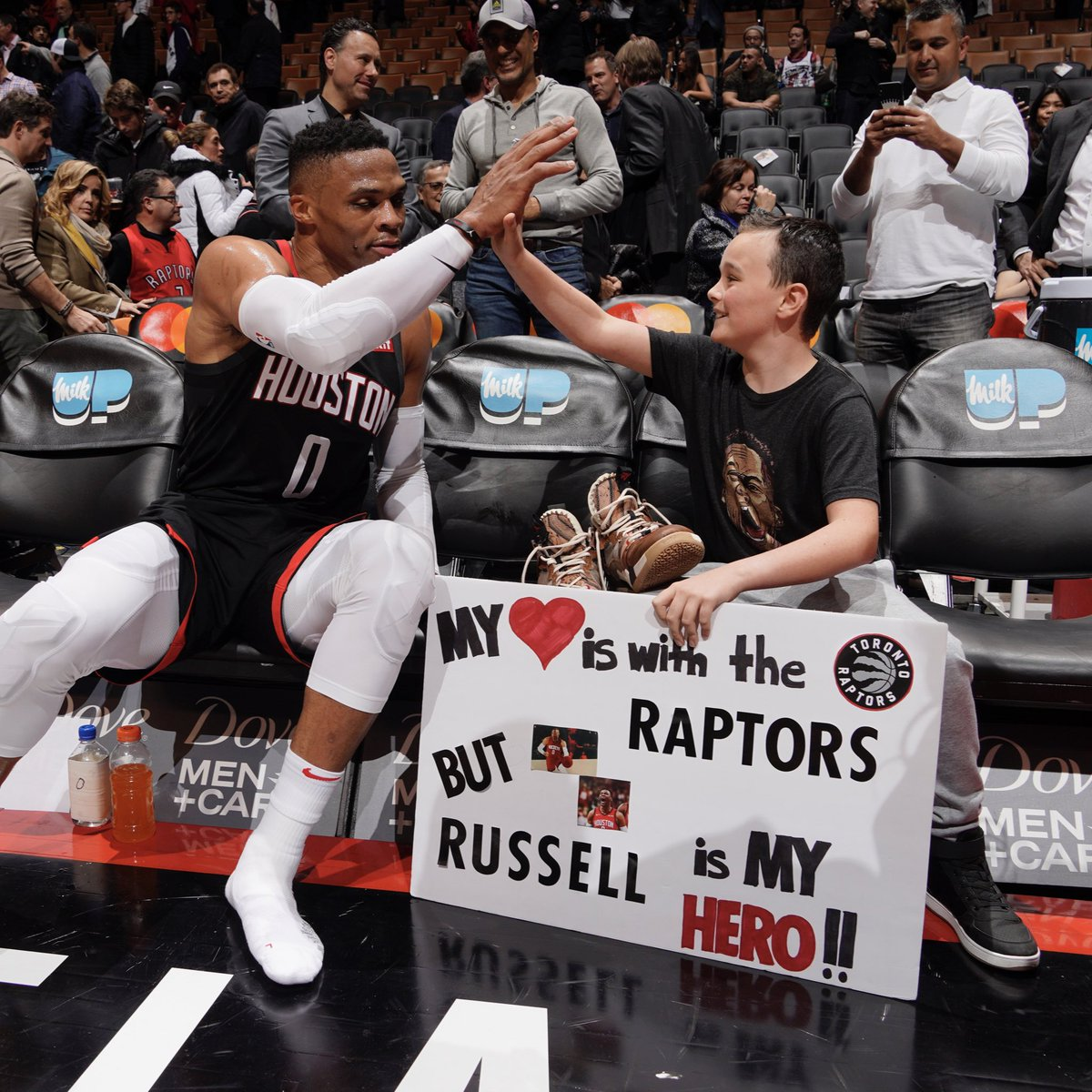 This young Raptors fan was a little conflicted, but his hero @russwest44 made sure he went home with game-worn sneakers after posting a triple-double. 📸: @mblinch