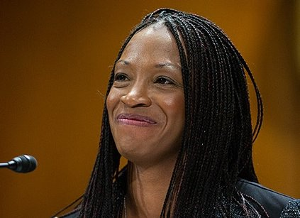 Glad Aurelia Skipwith's nomination for Director of the U.S. Fish and Wildlife Service is moving forward. She'll be the first African American leader of the agency. With a molecular genetics Masters from Purdue and a law degree from the Univ of Kentucky, she's well qualified.