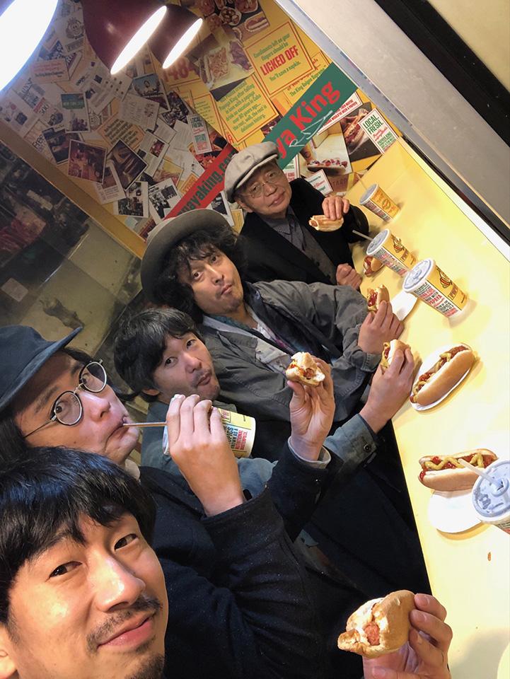 test ツイッターメディア - 深夜1am, Sun 12/8 ▶︎ #daisyholiday  DJ #細野晴臣 @hosonoharuomi_   お久しぶりの #伊賀航ショウ !先日大盛況に終わった東京国際フォーラムでのコンサートのリハにて。今週はその1~米ツアーのお話。落ちは・・・。  📧 holiday@interfm.jp #interfm897 #radiko ▶ https://t.co/52ry6vdKsZ https://t.co/rJLdoLW0rr