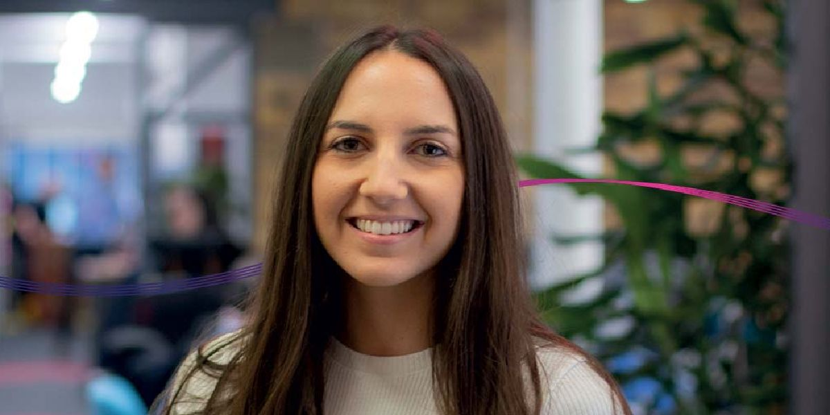 #ICYMI, Kaplan Campaigns Strategist Shira studied abroad in France and Spain during her degree at the University of Birmingham. Read her story and find out how she's been following her path, her way. 👉