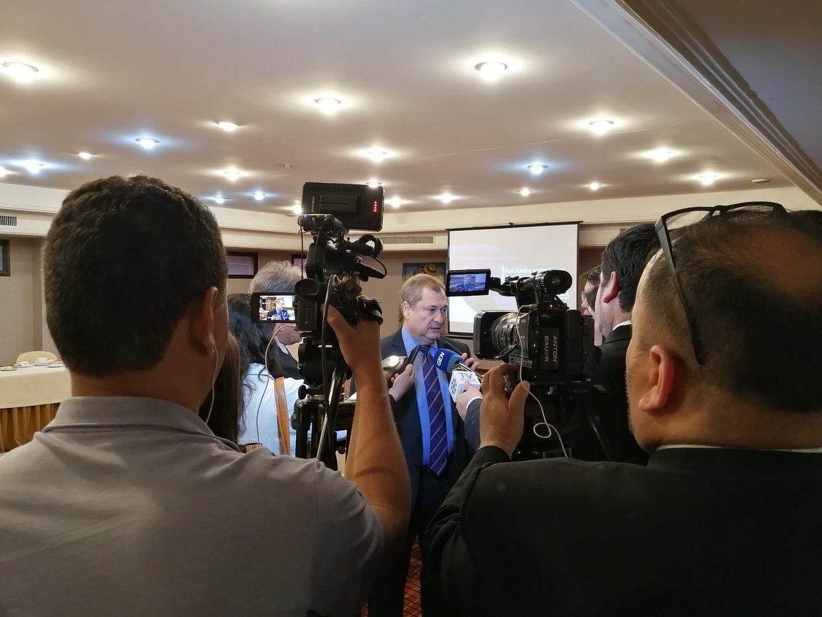 test Twitter Media - El Presidente de la Corte Suprema de Justicia, Dr. Eugenio Jiménez Rolon, está presentando ahora su informe preliminar de gestión 2019. Lo estamos apoyando en esta tarea, y acompañando el desayuno con colegas periodistas. #CSJ #comunicacion https://t.co/7TDX69JZZC