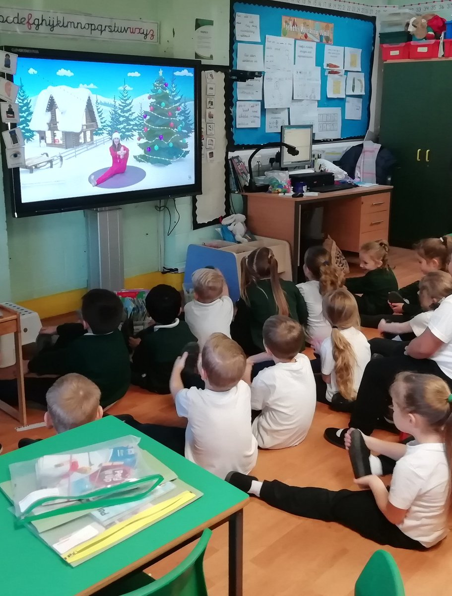 test Twitter Media - @cent_coaching #CCSA12daysoffitmas Day 6- Year 1 chilling out Yoga style to Cosmic Kids after a great Nativity dress rehersal. https://t.co/09EkqoUfXW
