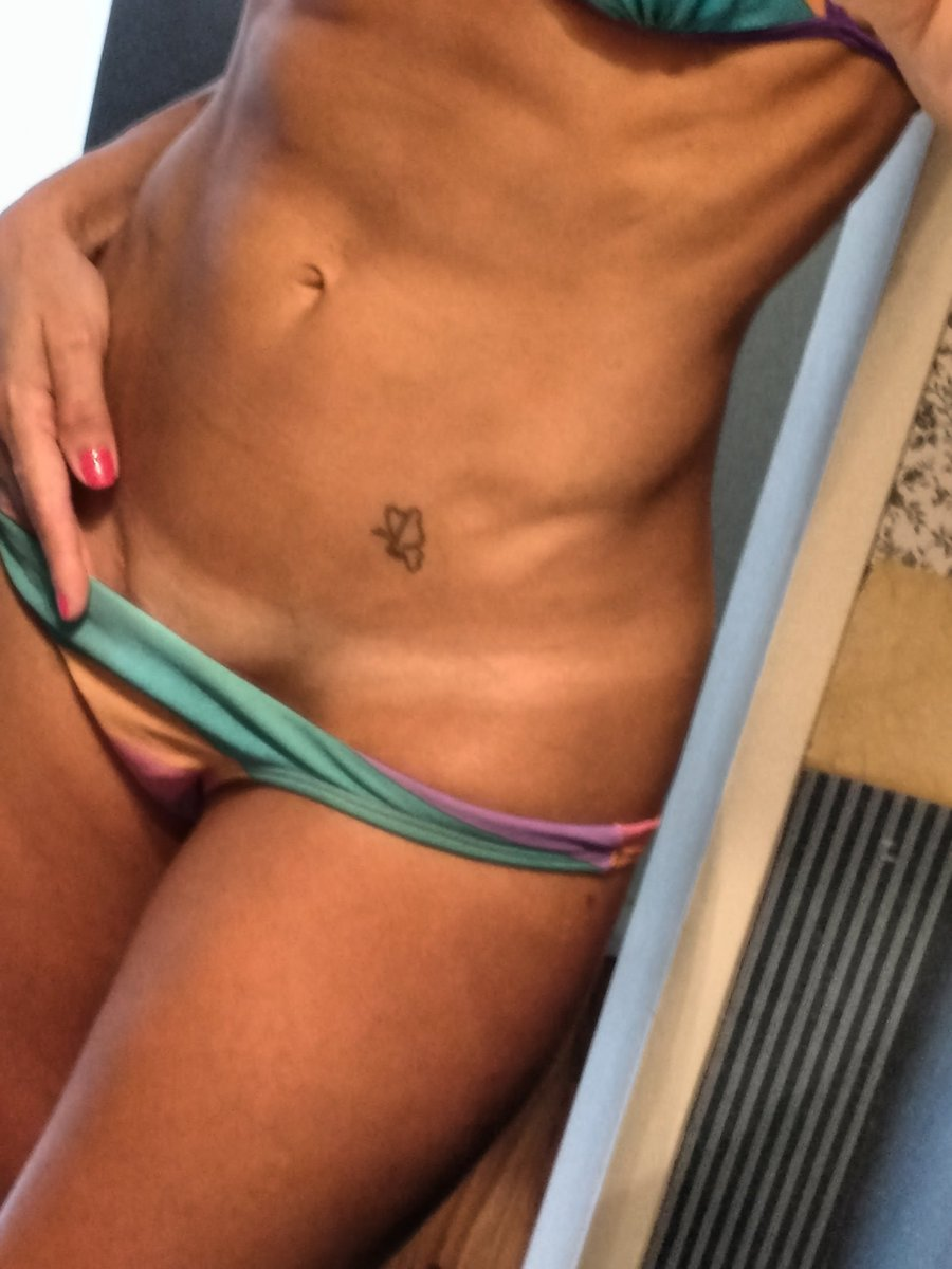 Lets do something special. If this tweet gets to 50 rt, I will post my pussy and face. If you rt I will dm you a pic. #ass #anal #milf #pussy #mature #lingere #bikini #horny #cocktribute #cumtribute #nude #freenude #sex