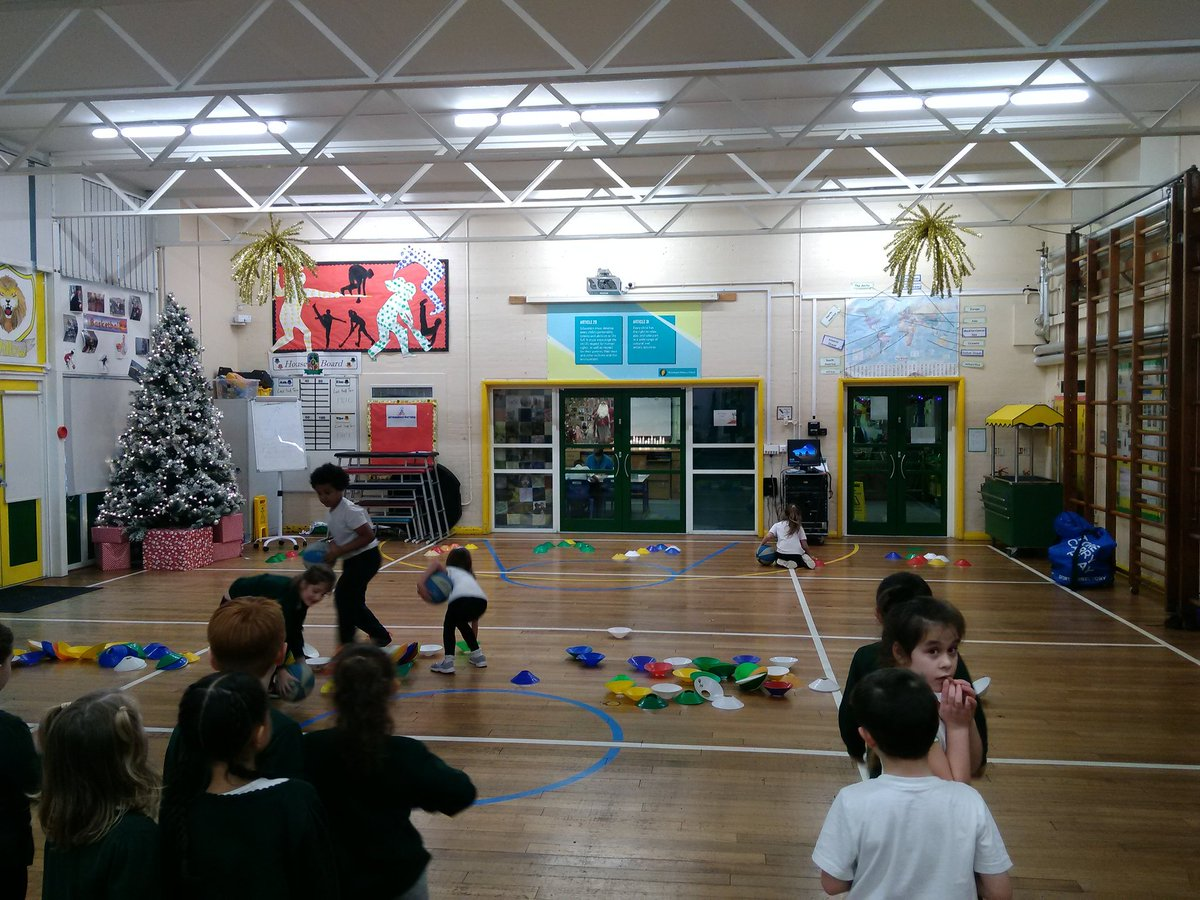 test Twitter Media - @cent_coaching #12daysoffitmas Day 7- Yesterday Y2 created trees with cones and decorated them in relay style. https://t.co/ll0Xu0Alzx