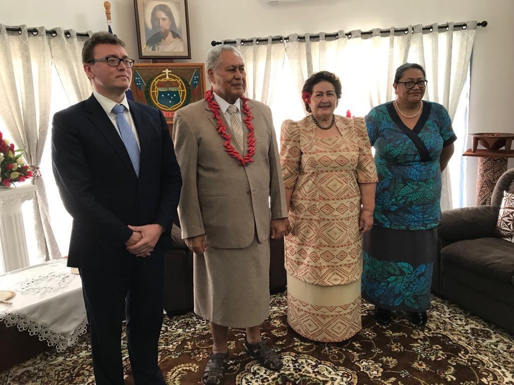 test Twitter Media - Today David Ward presented Letters of Commission to HH Va'aletoa Sualauvi II, O le Ao o le Malo of #Samoa, becoming 🇬🇧's 1st ever High Commissioner to 🇼🇸. @foreignoffice now has global network of 280 posts in 168 countries & territories, & 10 international organisations https://t.co/LTQ7f5LNxR