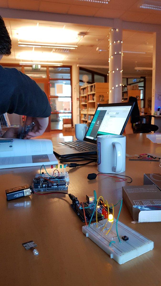 test Twitter Media - Arduino fikt #menntaspjall #utis2019 #makerspace #skopunarver @smarith https://t.co/ZFcrjUN2Cc