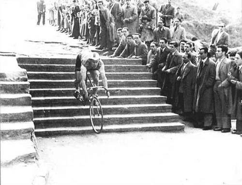 Steps down ....... #cyclocross https://t.co/V5d337CVKC