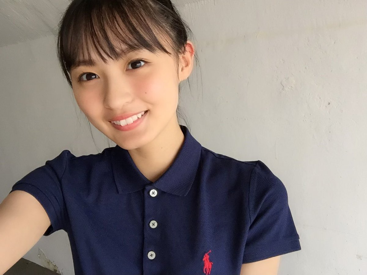 test ツイッターメディア - これって長濱ねるさんの写真集の服と同じ…?? https://t.co/FD16LECN5a