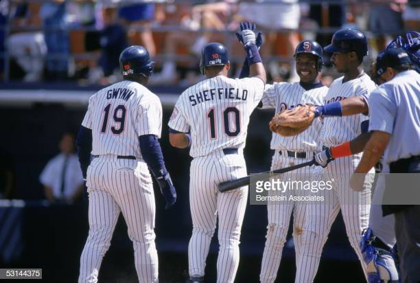 "The ""Four Tops"" in action  Tony Gwynn, Gary Shefield, Tony Fernandez, and Fred McGriff #Padres https://t.co/DAf9CjAMAx"