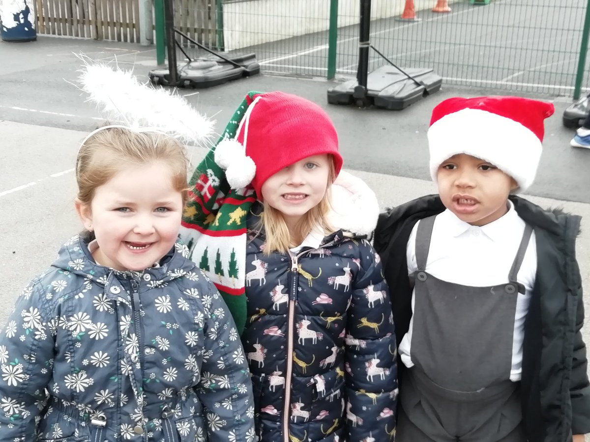 test Twitter Media - @cent_coaching #CCSA12daysoffitmas Day 12- Well done Hollywood. We did it! Today Reception did the Santa run. https://t.co/uRp23UI23C