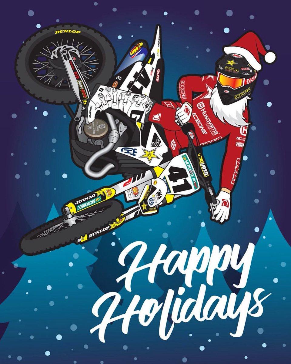 Ho ho ho, Merry Christmas!!🎅🏻 https://t.co/L3hKi7JAjB