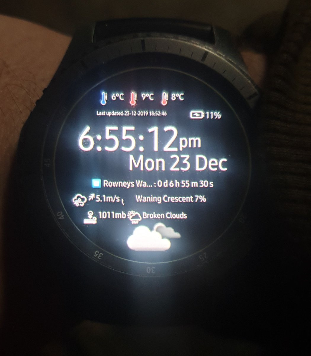Carpcal fishing watchface is due for upload to the store soon #carp<b>Catch</b> #carpfishinglog #car