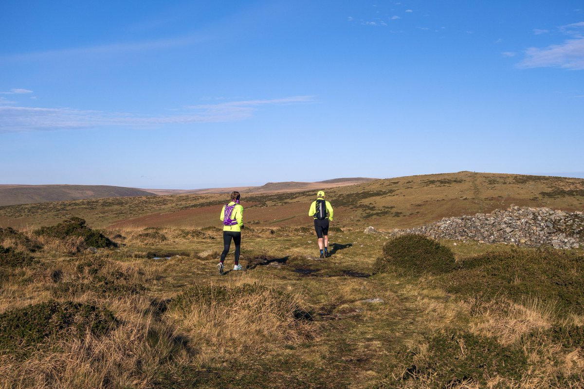 test Twitter Media - You could go to gym OR you could get outside in the fresh air. Good effort by these two runners. Probably burnt of the calories from half an all-butter mince pie whilst on Dartmoor 🏃👏 😅  #Dartmoor #Running #Gym #Ivybridge #Landscape #Photography https://t.co/sD4rppfD3U