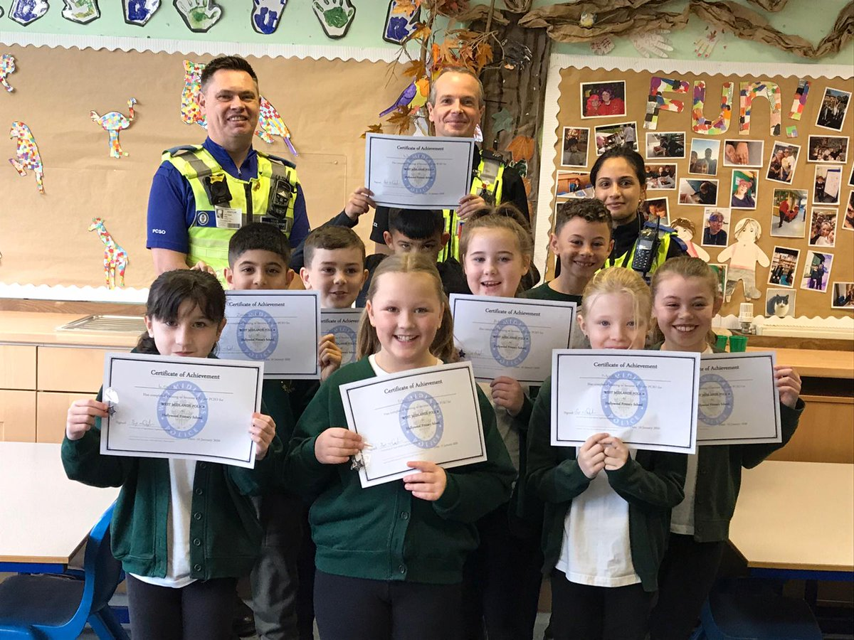 test Twitter Media - Our Year 4 pupils have been taking part in @BillesleyWMP Junior PCSO scheme and today was their graduation. They have been looking at parking around school, have learned the phonetic alphabet and learned about seat belt safety @BillesleyFire. Well done! https://t.co/bmD5TAaF9u